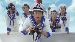 Японская поп группа Arashi авто NISSAN