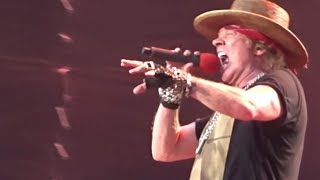 "Axl Rose ""Severely Ill"" On Stage, Still Performs Guns N"