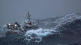 Рыбалка в океане на яхте