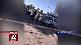 Жестокая драка таксистов-пенсионеров попала на видео!