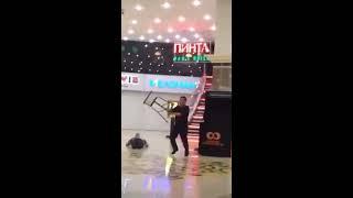 Драка в Мега Алматы