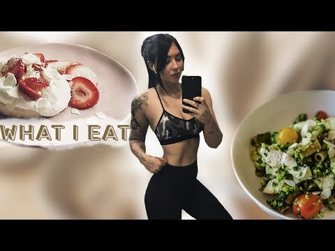 Nutrition For Fat Loss & Training | WHAT I EAT