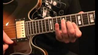 Learn playin' guitar riff - The Bucket (Kings of Leon)