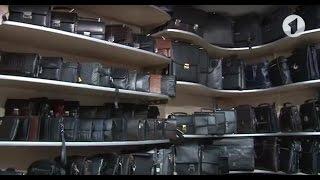 """Мужская сумка-мессенджер DIWEILU 21х25х6  м 9888-3ч от компании Производственно-торговое предприятие """"BAGS"""" - видео"""