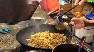 海鮮炒麵  - 台灣街頭美食 (Stir-Fried Seafood Noodle - Taiwanese Street Food)