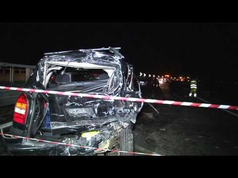 Avellino - Bus precipita da viadotto, 39 morti -la cronaca dell'incidente- (29.07.13)