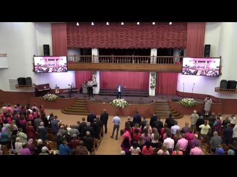 Прощание с покойником в церкви обязательно ли подходить к гробу