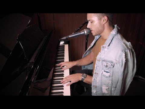 Eric Saade - Darkest Hour (Saade Live Session)