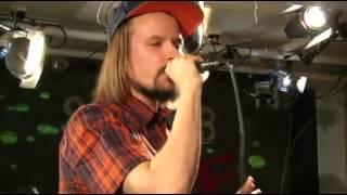 Jukka Poika & SEB - Viestii.mp4       YleX Studio B Live