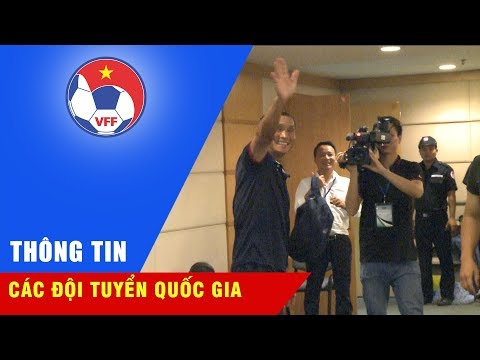 Họp báo sau trận | HLV trưởng Mai Đức Chung gửi lời chào và cảm ơn đến cầu thủ cũng như CĐV Việt Nam