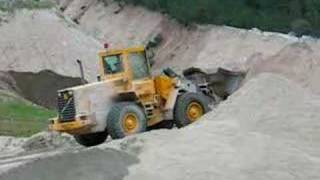 Volvo L90C Staking Sand In A Quarry - Italy 2007