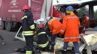 Масштабна ДТП біля Житомира: рятувальники дістали тіла загиблих та травмованої дитини - Житомир.info