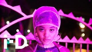 【The Fifth Sense】女性映画監督アルマ・ハレル(Alma Har'el)による、最新のショート・フィルム『jellywolf』, presented by CHANEL and i-D