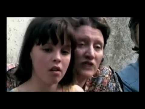Documental de Estela Bravo sobre los niños y niñas que recuperaron su identidad en la Argentina gracias a la lucha de las Abuelas de Plaza de Mayo con material fílmico de 1986 y de 2006.