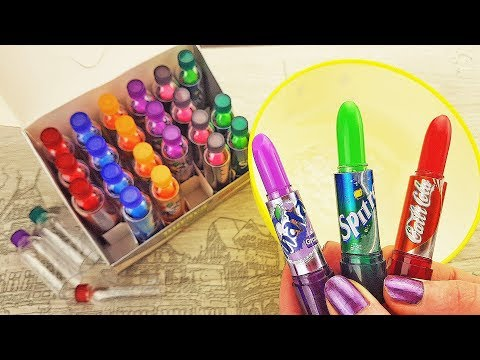 Mixing Color Changing Lip Balm into Clear Slime - Lip-Stick Makeup Slimes
