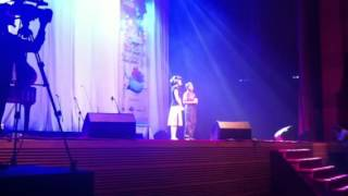 Joanne Poh & Abraham sings '16 Going On 17'
