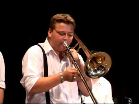 Black Melody Jazzband - Black Melody Jazzband - Ain't she sweet