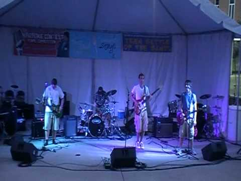 The Happy Daggers Play Taste of Orland