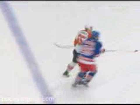 Ben Eager vs Colton Orr