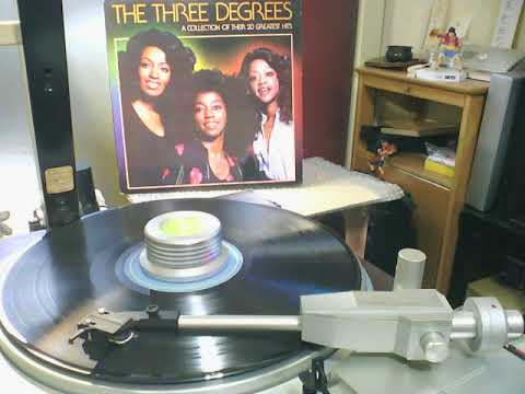 THE THREE DEGREES - We're All Alone