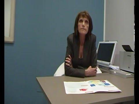 I sintomi osteochondrosis cervicali e i sintomi di una malattia a donne come trattare