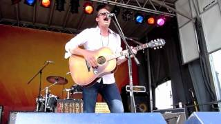 Joe Bonamassa - Walk In My Shadow - Crossroads 2010 Ernie Ball Stage.mov