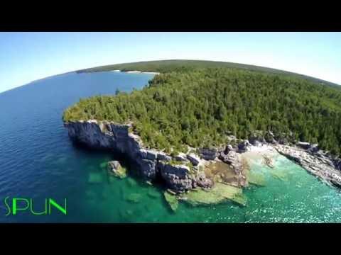 bruce-peninsula--the-grotto