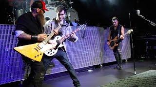 """Three Days Grace - Fan Plays Guitar for """"Break"""" in Nottingham"""