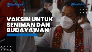 Vaksinasi Covid-19 Dosis Pertama untuk Seniman dan Budayawan di Galeri Nasional Jakarta Pusat