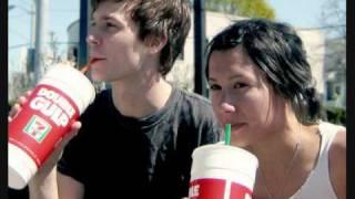 Matt & Kim - Yeah Yeah (Flosstradamus Remix)