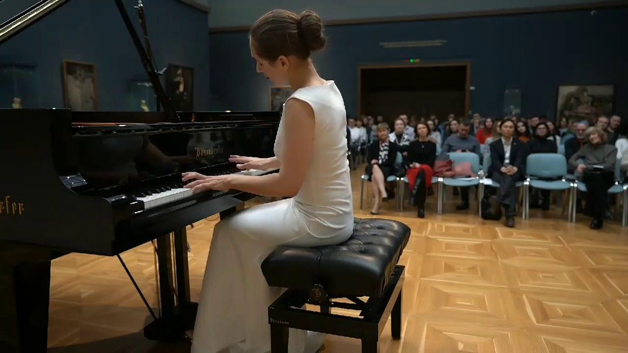 Anna Tsybuleva 13