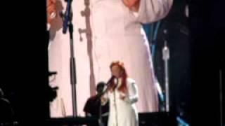 "CMA Fest Wynonna ""I can only imagine"""