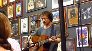 "Damien Rice Live at Twist and Shout - ""The Blower's Daughter"""