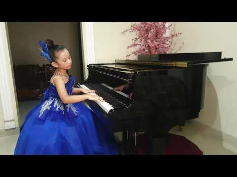 Jelica Angelline Zecy Yang