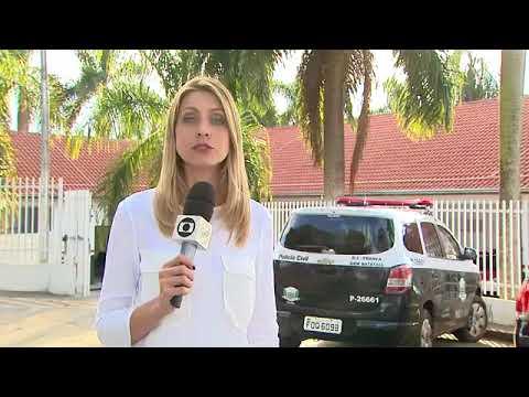 Pai de aluna flagra motorista de van escolar dirigindo pelado em Batatais; vídeo  Ribeirão e