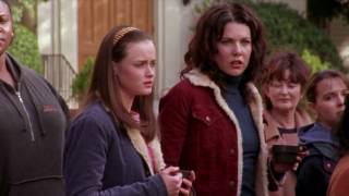 dylan-naked-gilmore-girls-merry-fisticuffs-video