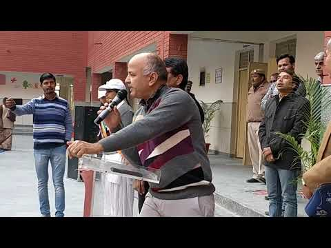 Students Share Mega PTM Experience with Manish Sisodia