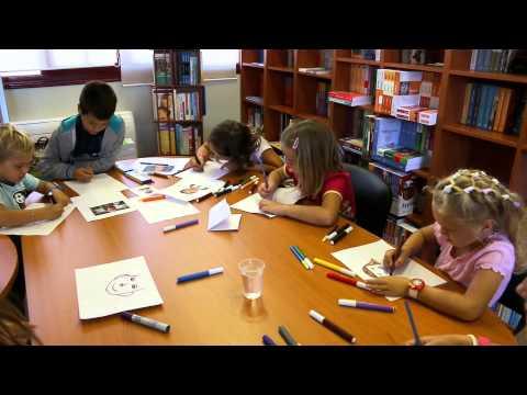 Τα παιδιά μαθαίνουν να ζωγραφίζουν στον Κύβο