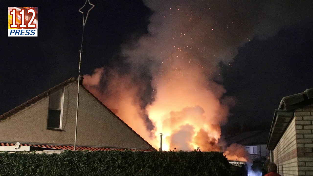 Woning onbewoonbaar na uitslaande brand aan de Fenteler in Nijkerk