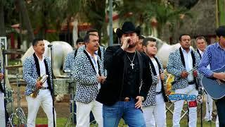Roberto Tapia Ft. Banda Los Tierra Blanca - Me Prometiste (En Vivo 2018)