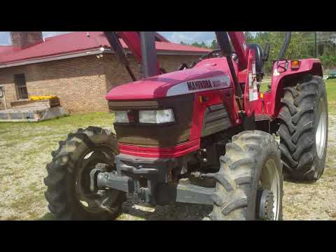 2010 Mahindra 5530 4WD in Saucier, Mississippi