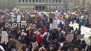 USA: Hundreds of scientists stage rally in Boston over threats to funding