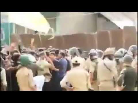 Hindistan Polisi, İmam Hüseyin (a.s) İçin Yas Tutanlara Saldırdı