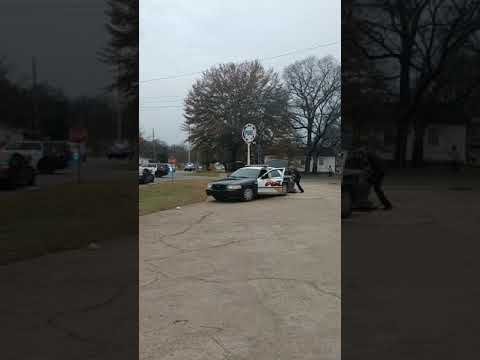 Wild police chase in Tuscaloosa Park 3