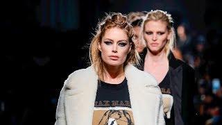 Max Mara | Fall Winter 2018/2019 Full Fashion Show | Exclusive