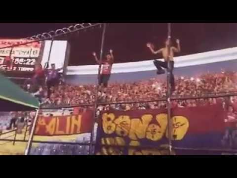 """Volveremos Volveremos LBDR  [Municipal,Guatemala]"" Barra: La Banda del Rojo • Club: Municipal"