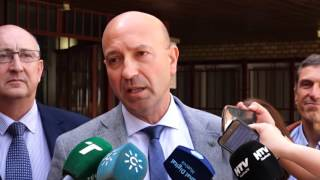 García Machado presentó su candidatura a las elecciones a rector en la UHU