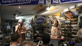 Ider   Mirror   At Banquet Records