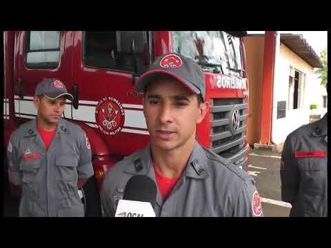 Incêndio em barracão de materiais recicláveis mobiliza Corpo de Bombeiros de Jaú e Bauru