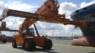 REACH STACKER COMPILATION - Port of Antwerp - Life of a reach stacker driver! container GoPro